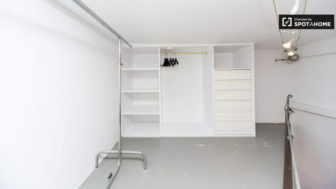 Wardrobe area