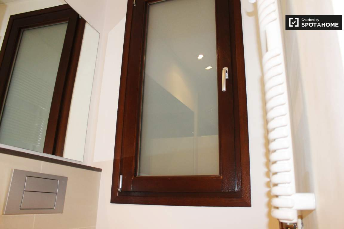 Bathroom 2 Window