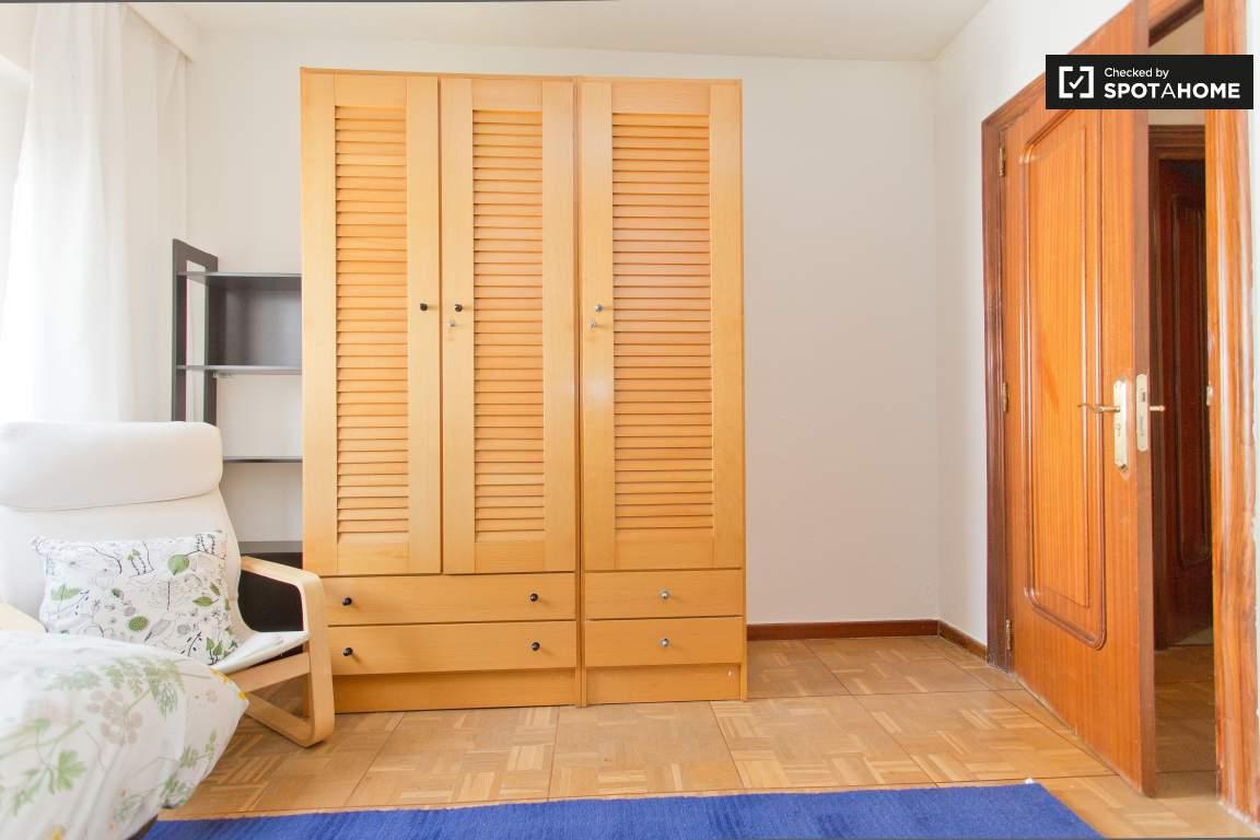 Bedroom 4 Wardrobe and Door