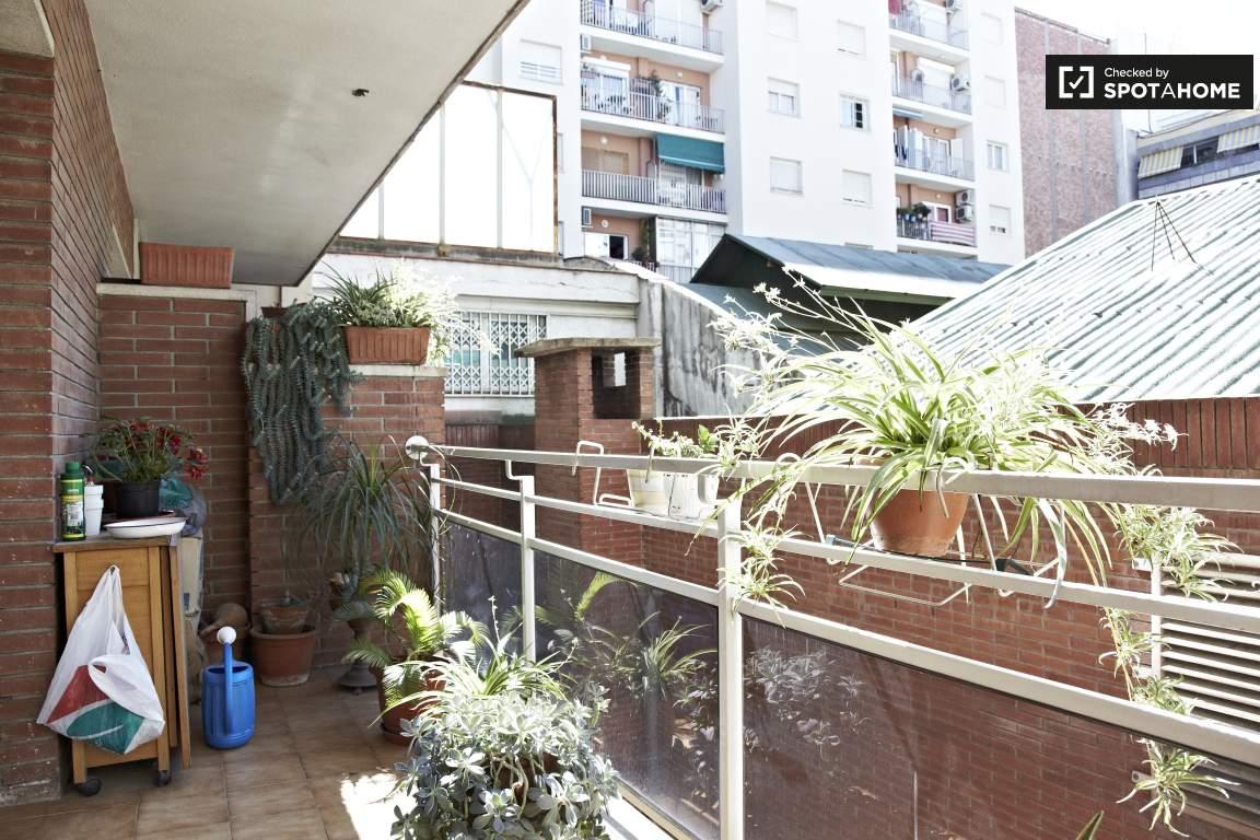 Balcony overlooking to interior courtyard
