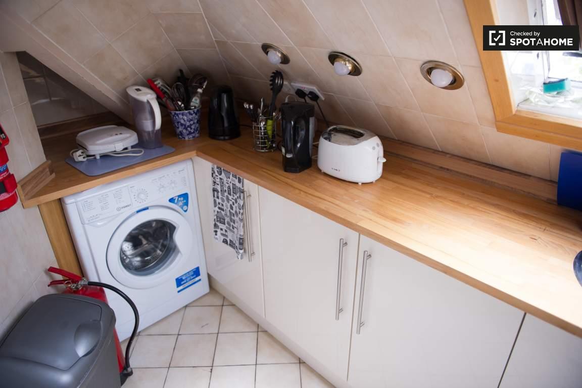Kitchen - floor 2