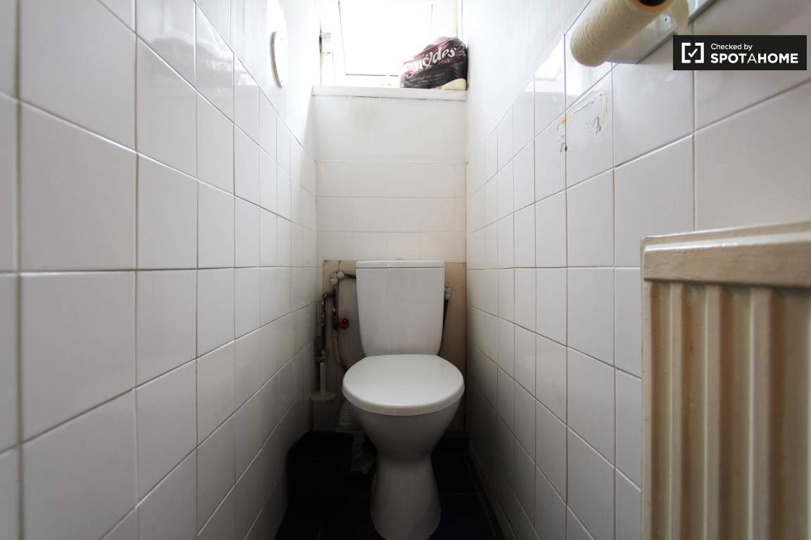 Toilet: upper floor
