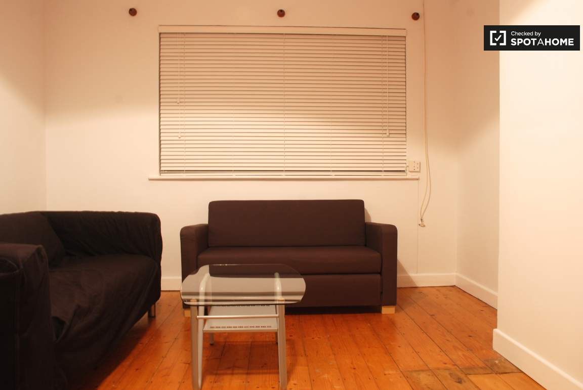 sittingroom 2