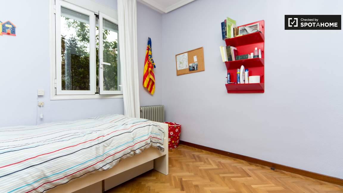 Single Bedroom 2 - 80852