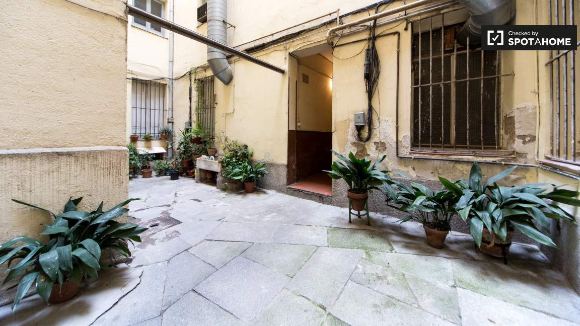 Patio near the building's entrance