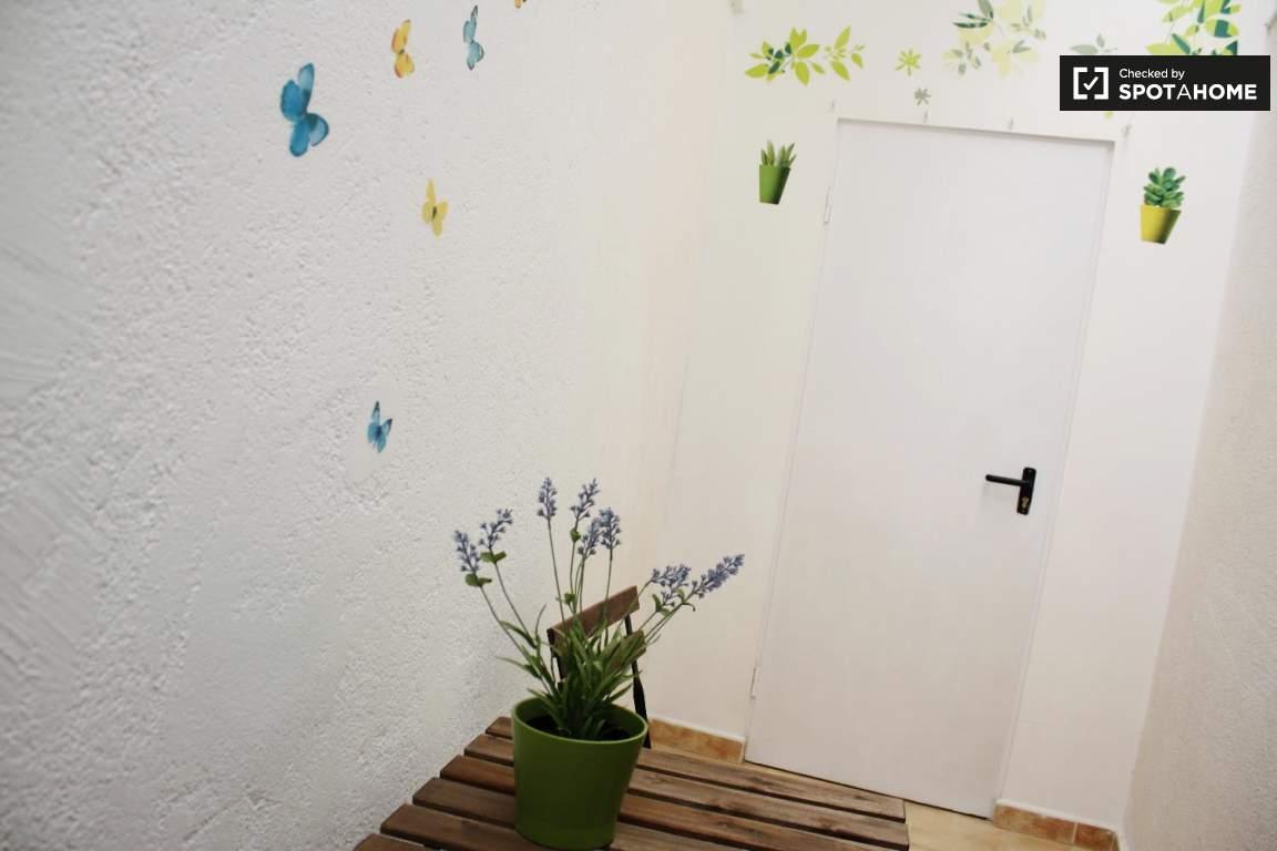 Patio avec accès privé à partir de la chambre 4