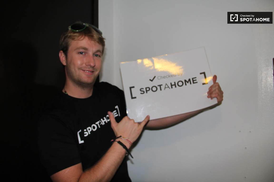 Checked by Liam from Spotahome!