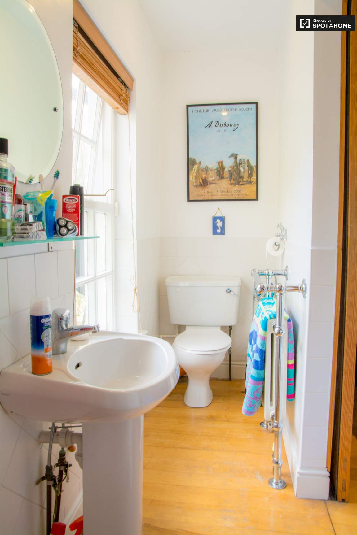 Ensuite bathroom bedroom 5