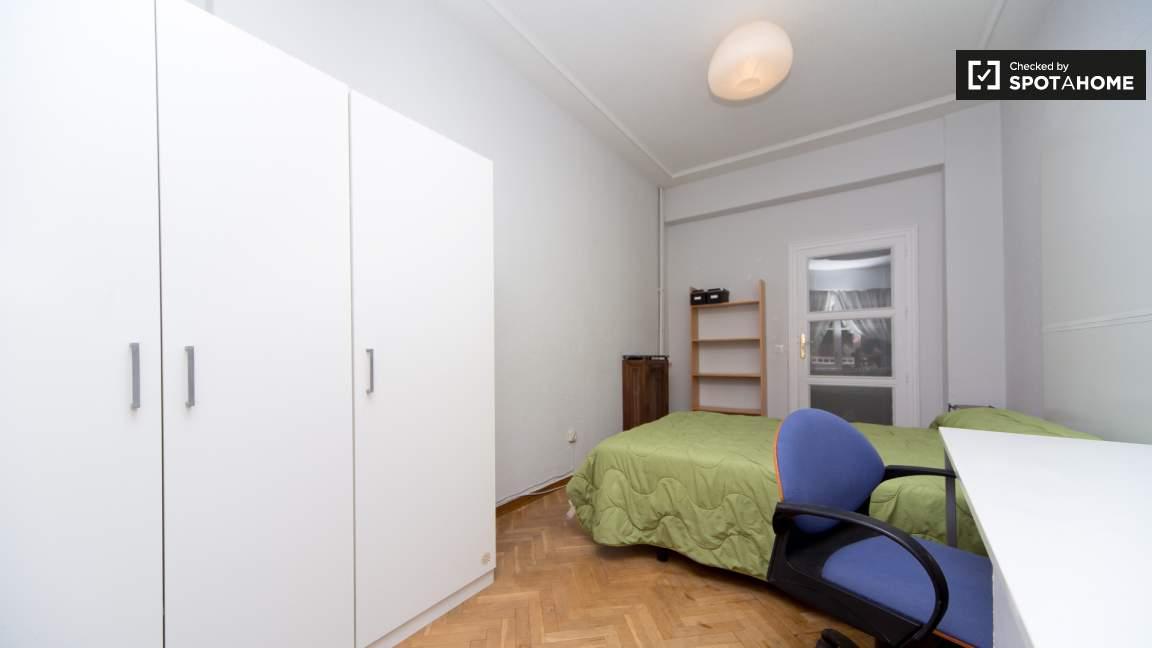 Bedroom 5 double bed