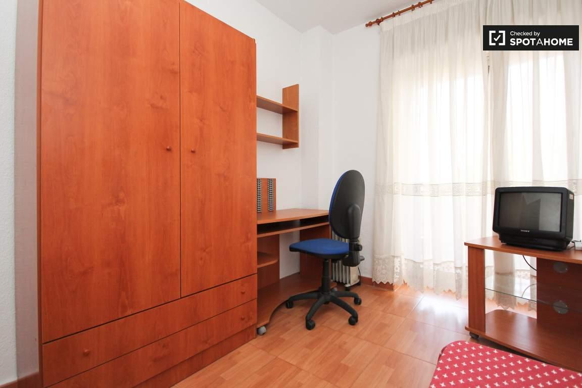 Bedroom H