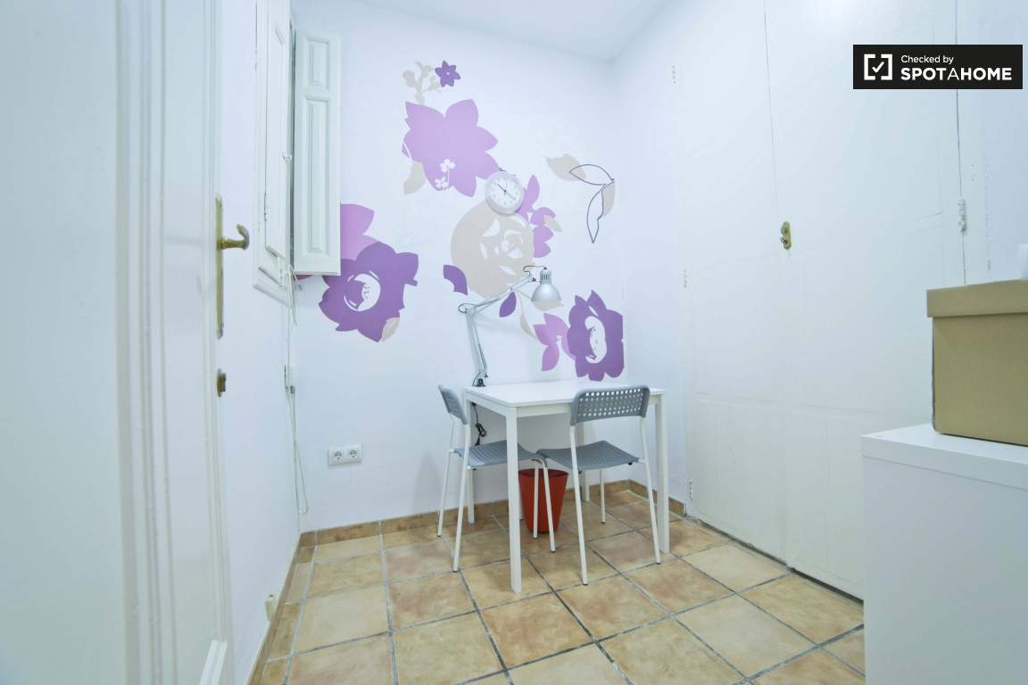 Office of Bedroom 4
