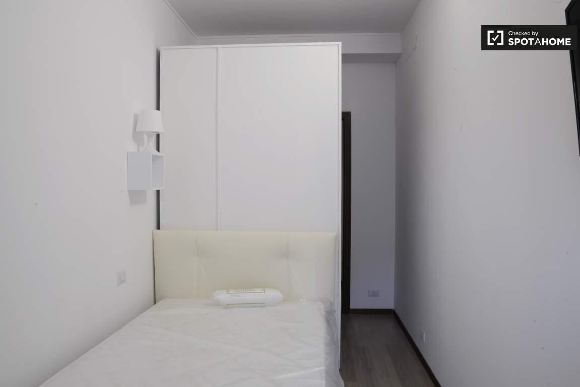 Bedroom #1 01
