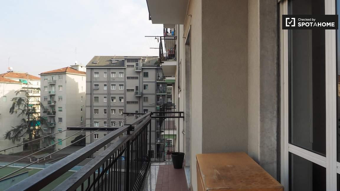 Balcony (interior)