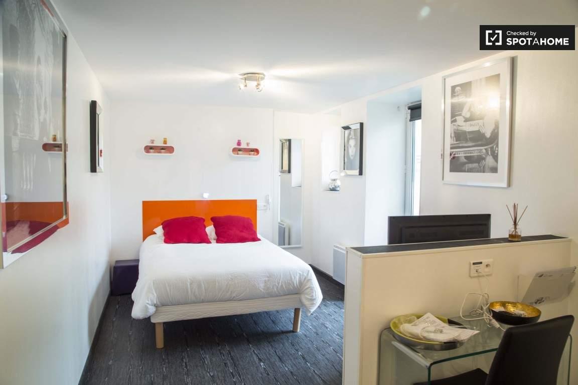 Bedroom (Monplaisir)
