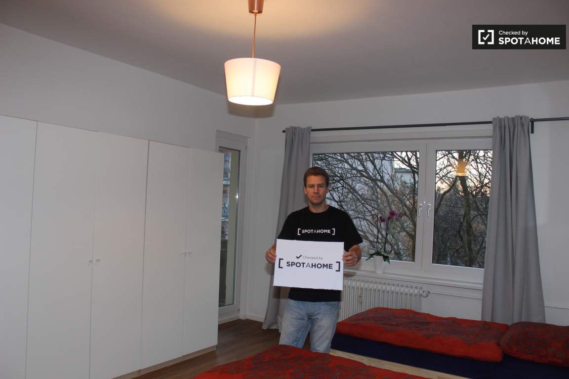 Checked by Marco from Spotahome!
