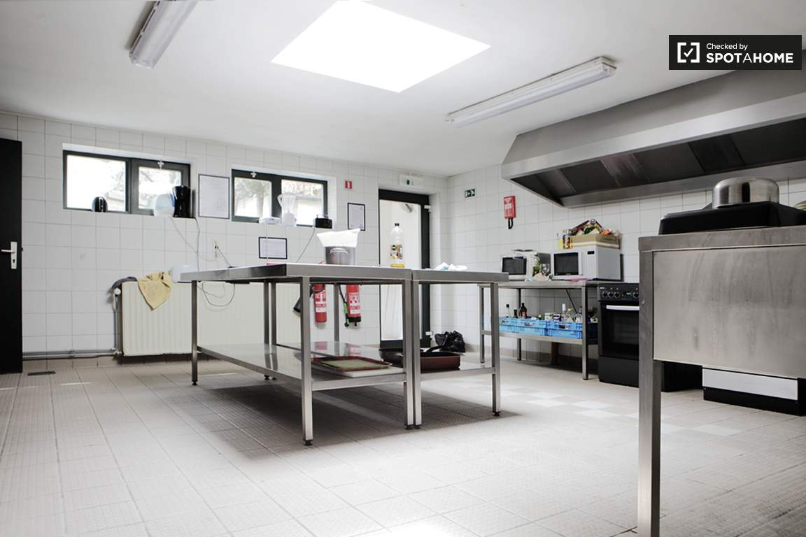 Common kitchen