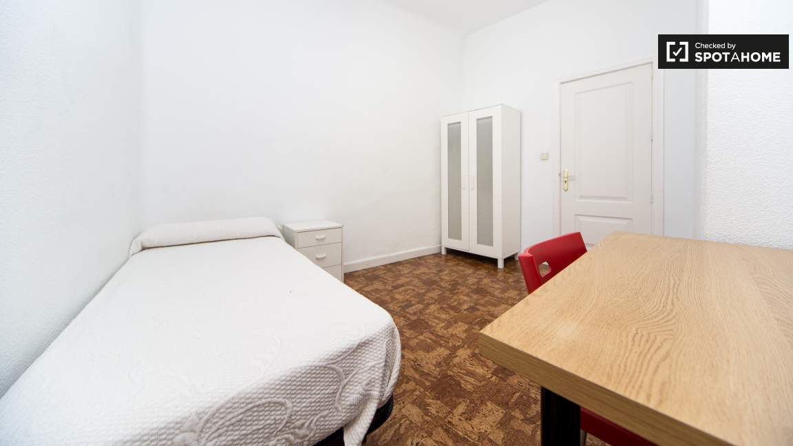 Single Bedroom - reference 4