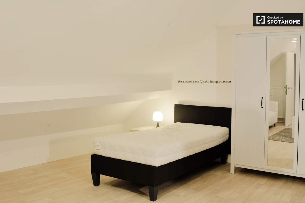"bedroom ""Garçonnière"""