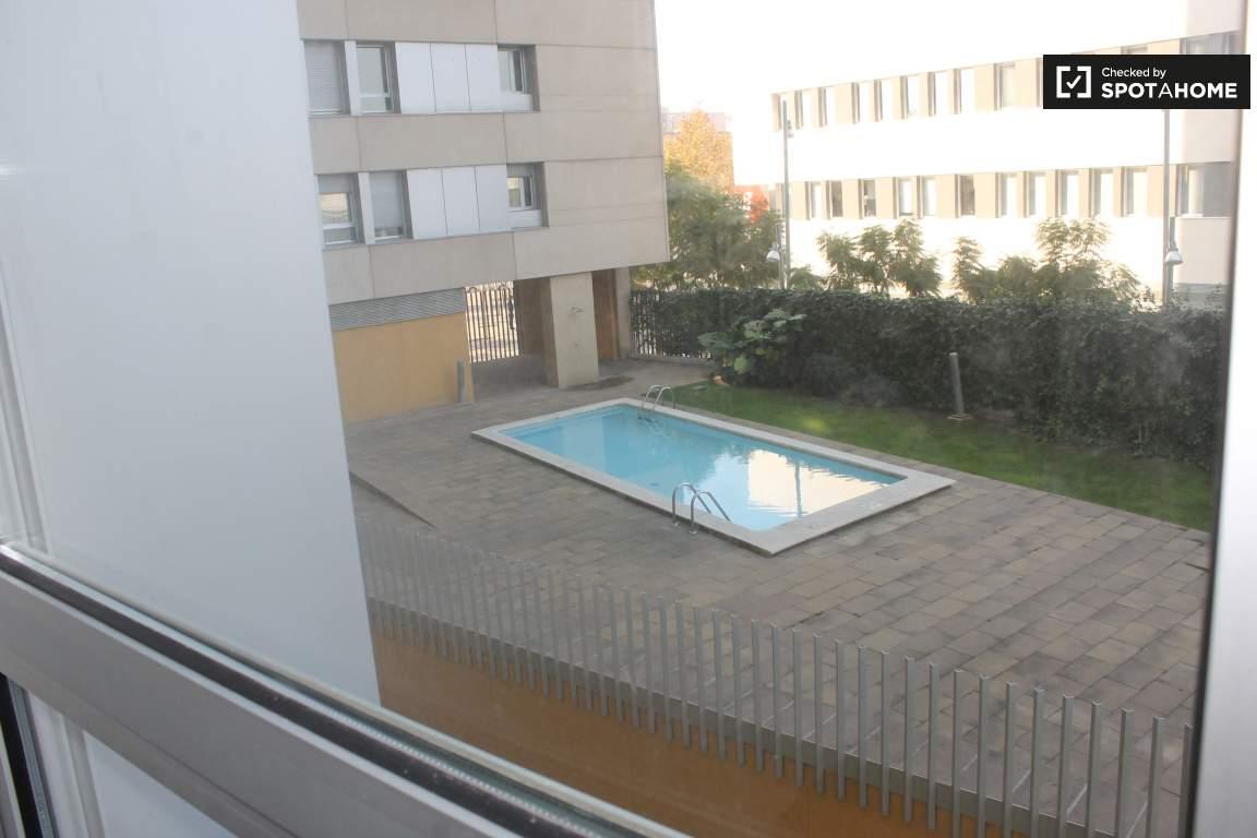 Room 1 Views