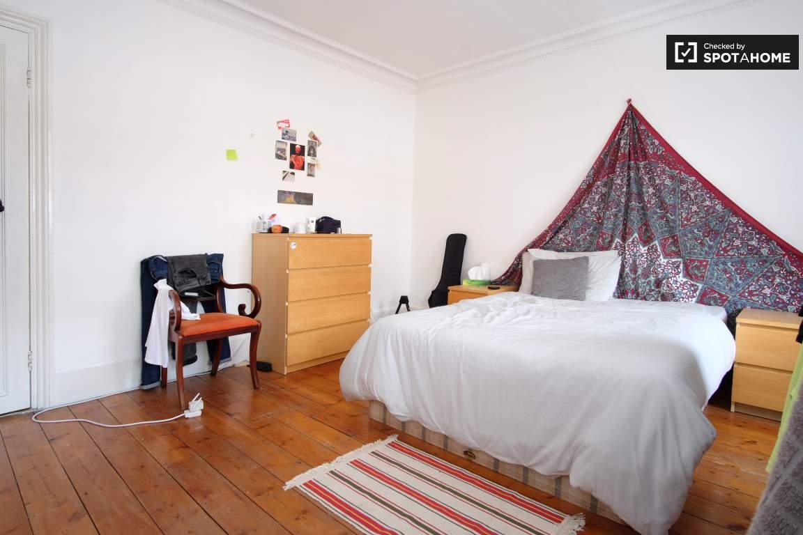 Bedroom 4 (Black)