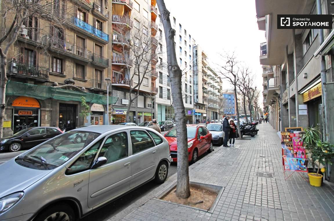 Rosselló Street