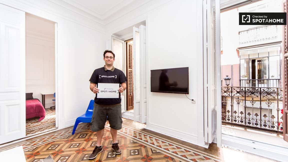 This flat was checked by Bruno of the Spotahome team!