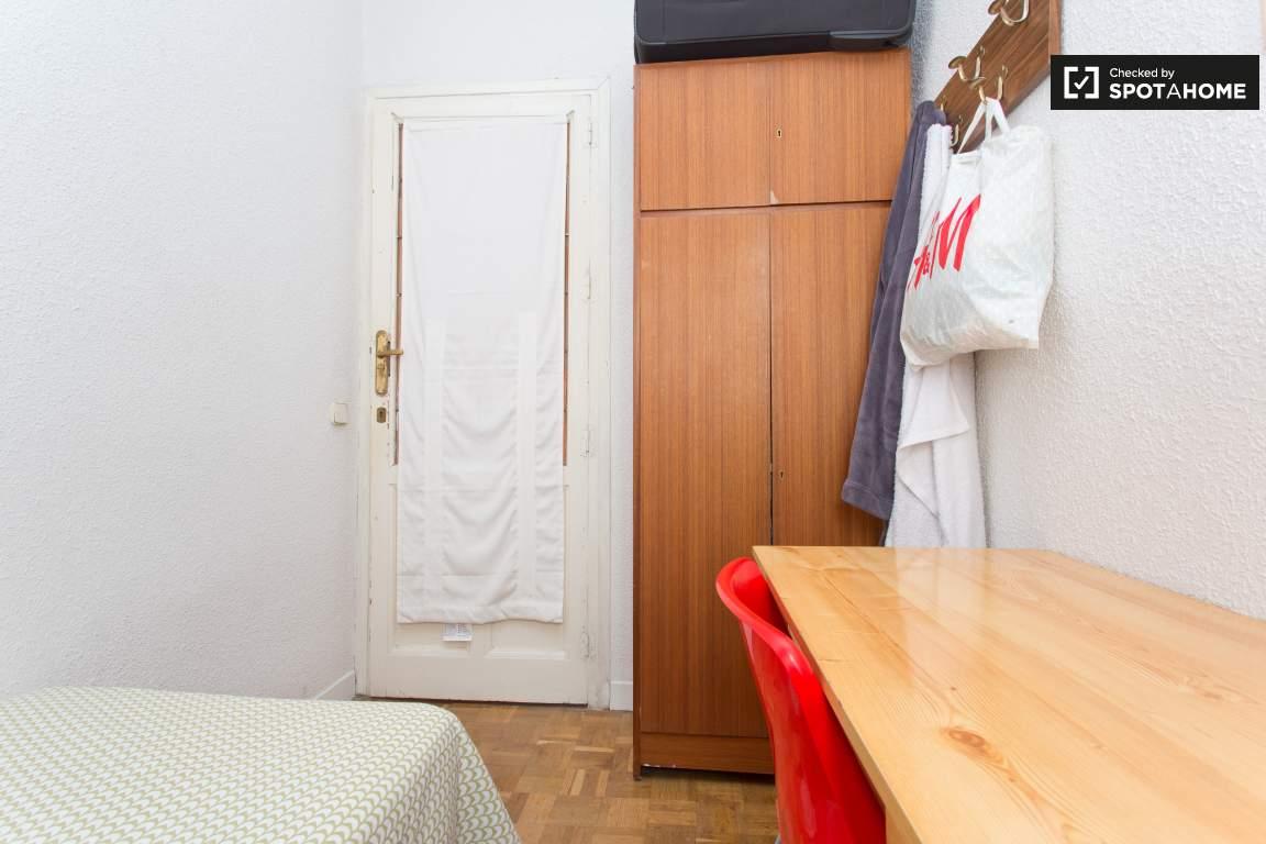 Bedroom 7 Wardrobe and Door