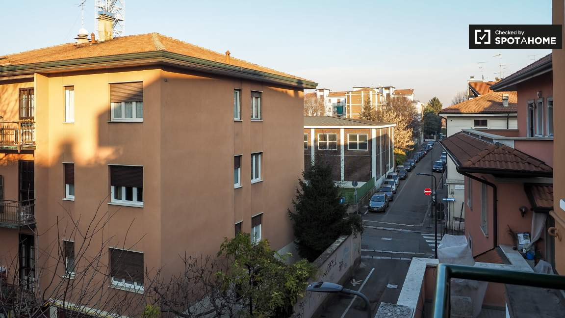 Study (balcony)