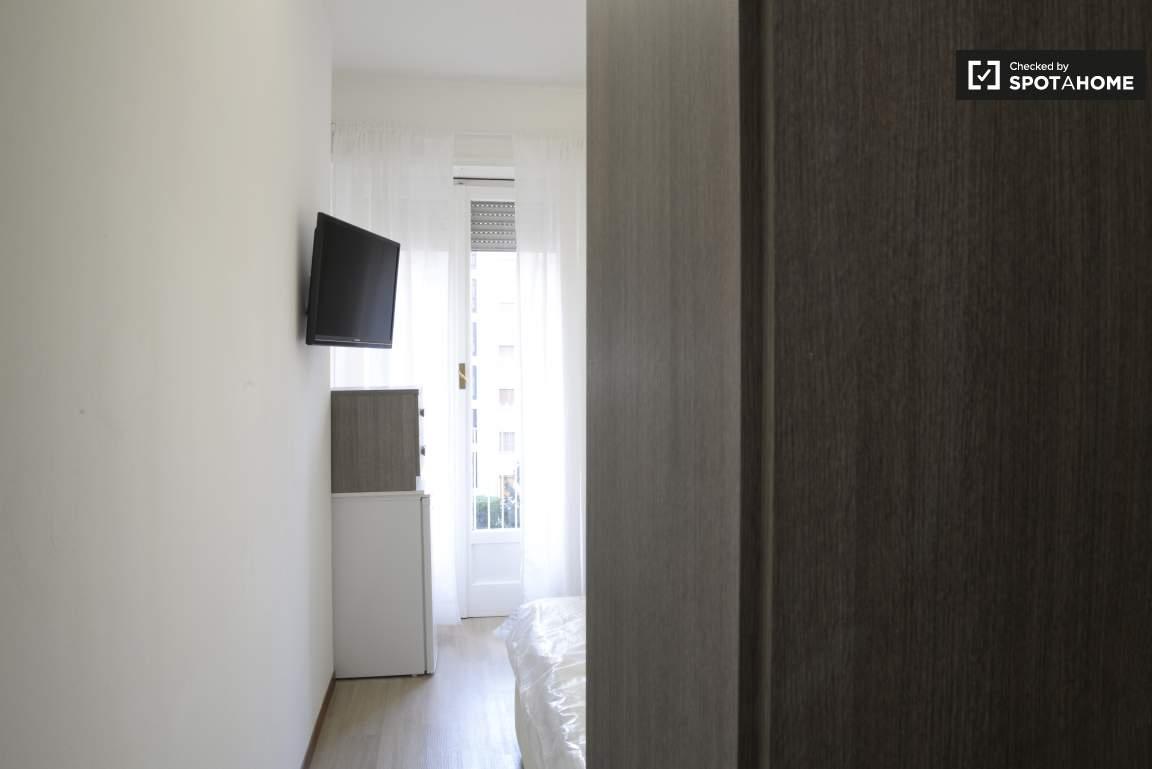 Bedroom #1 02