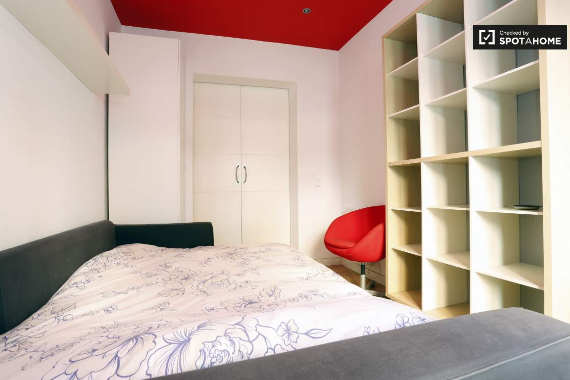 bedroom 1 view of door