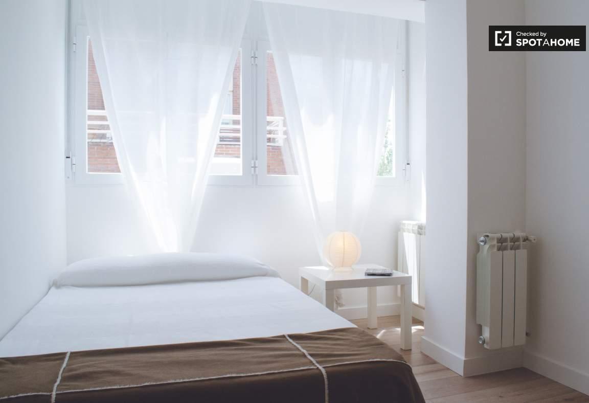 Bedroom 3 (Miguel)