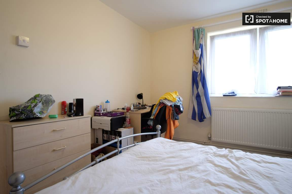 Bedroom 5 (E)