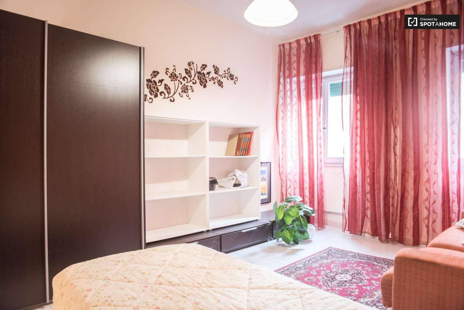 Incredibile stanza per universitari, disponibile per un ...