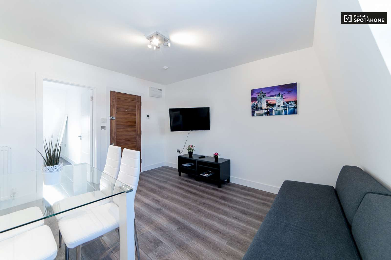 Modern 2-bedroom flat to rent in Notting Hill, London (ref: 149555 ...