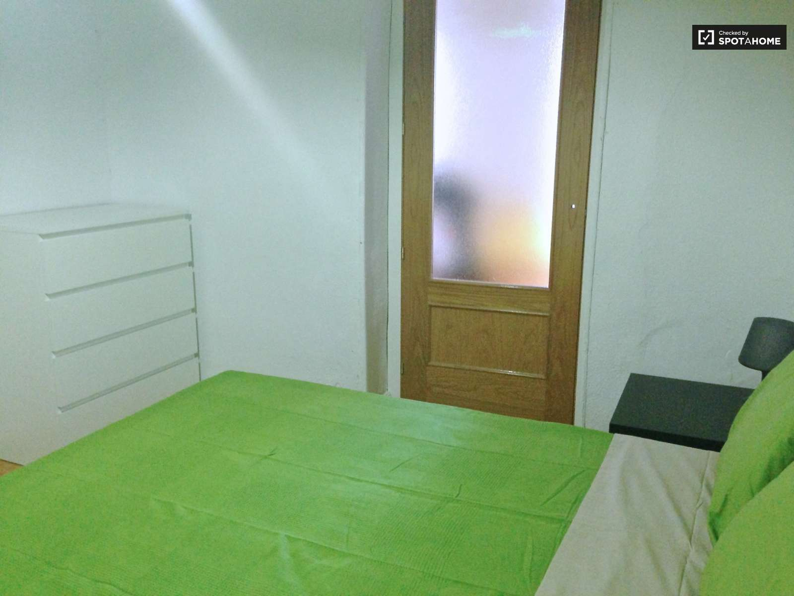 for room furnished men on indore bed rooms paying ajviaq images guest fully pictures college nakshatra opp rent engineering accommodation road bzdet prestige photos