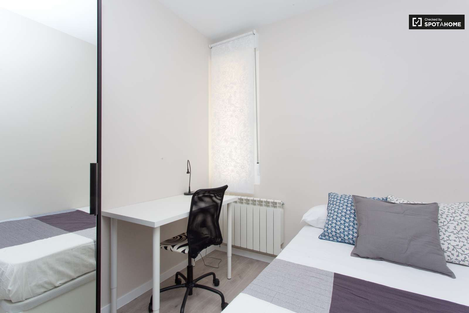 C moda habitaci n en piso de 7 habitaciones en malasa a - Comoda habitacion ...