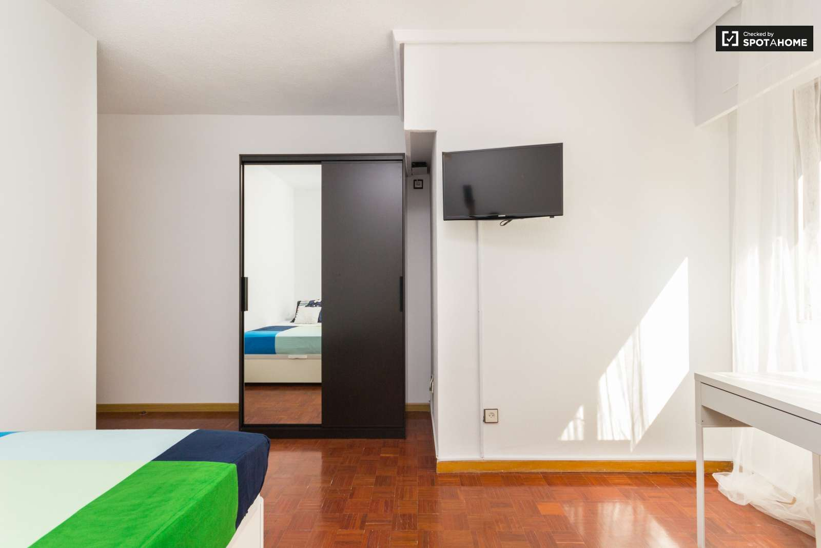 Habitaciones en alquiler en ciudad universitaria madrid for Renta de cuartos en ciudad universitaria