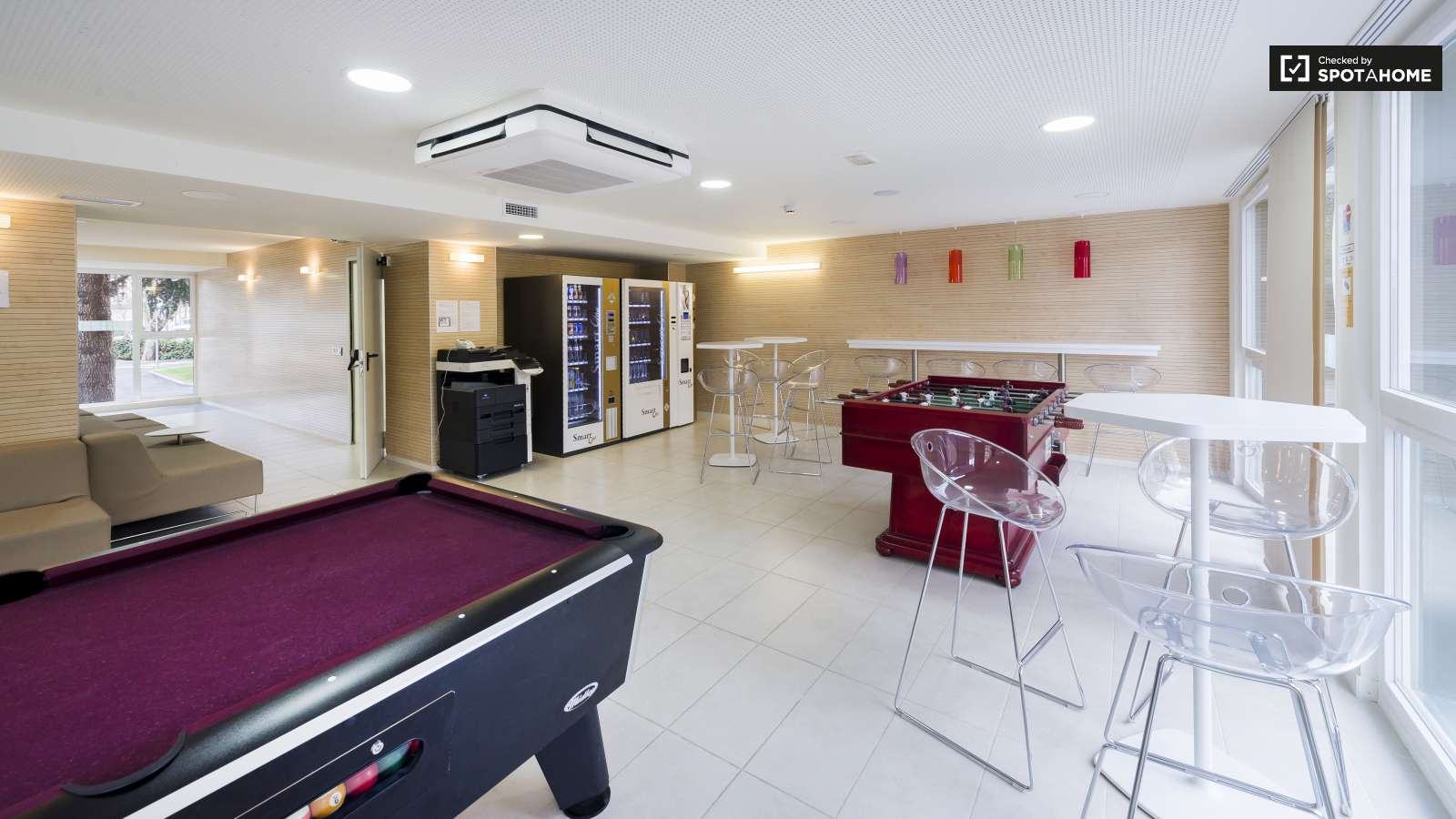 Rooms for rent in residence ciudad universitaria madrid for Common pool design xword