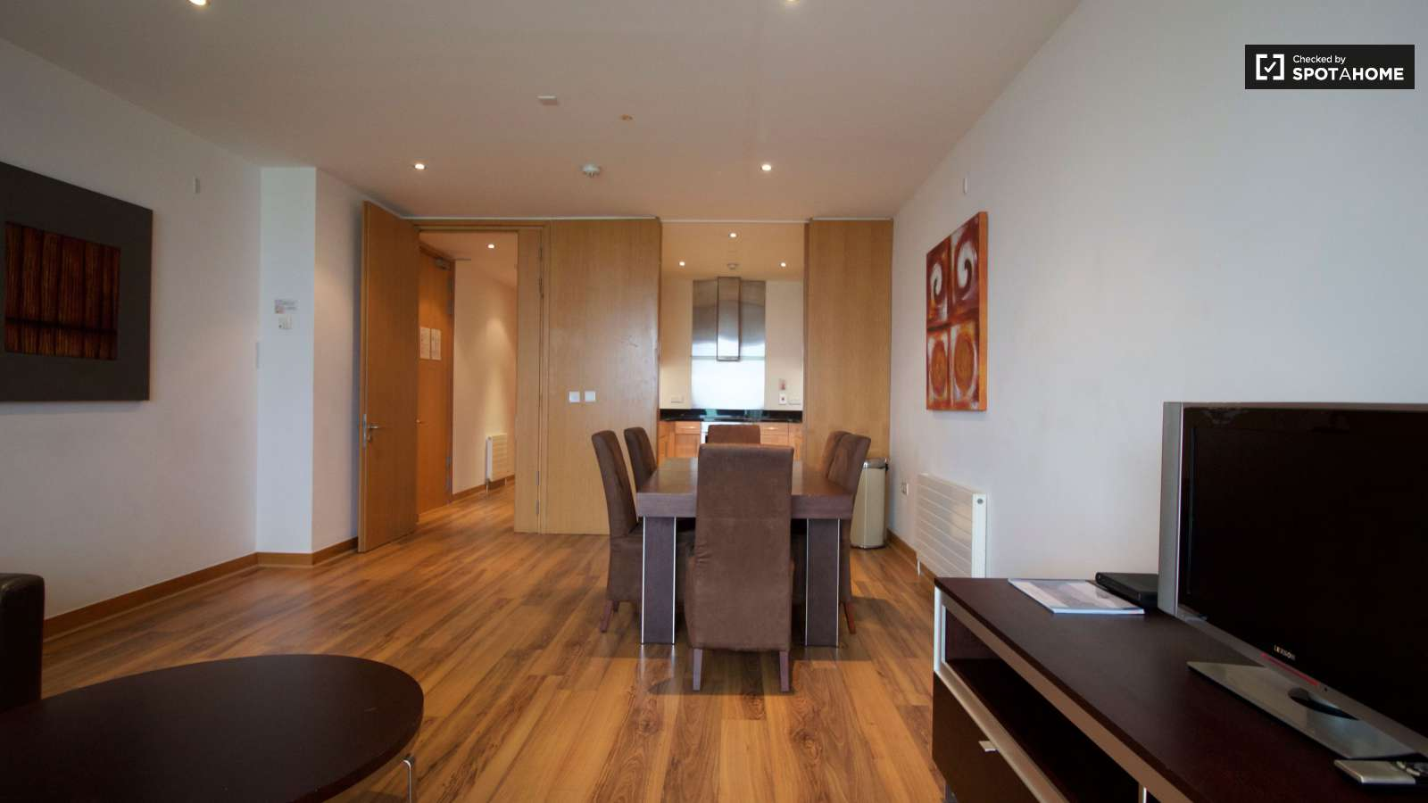 Living Room. 2 Bedroom Apartment With Utilities Included in Dublin  ref  97143