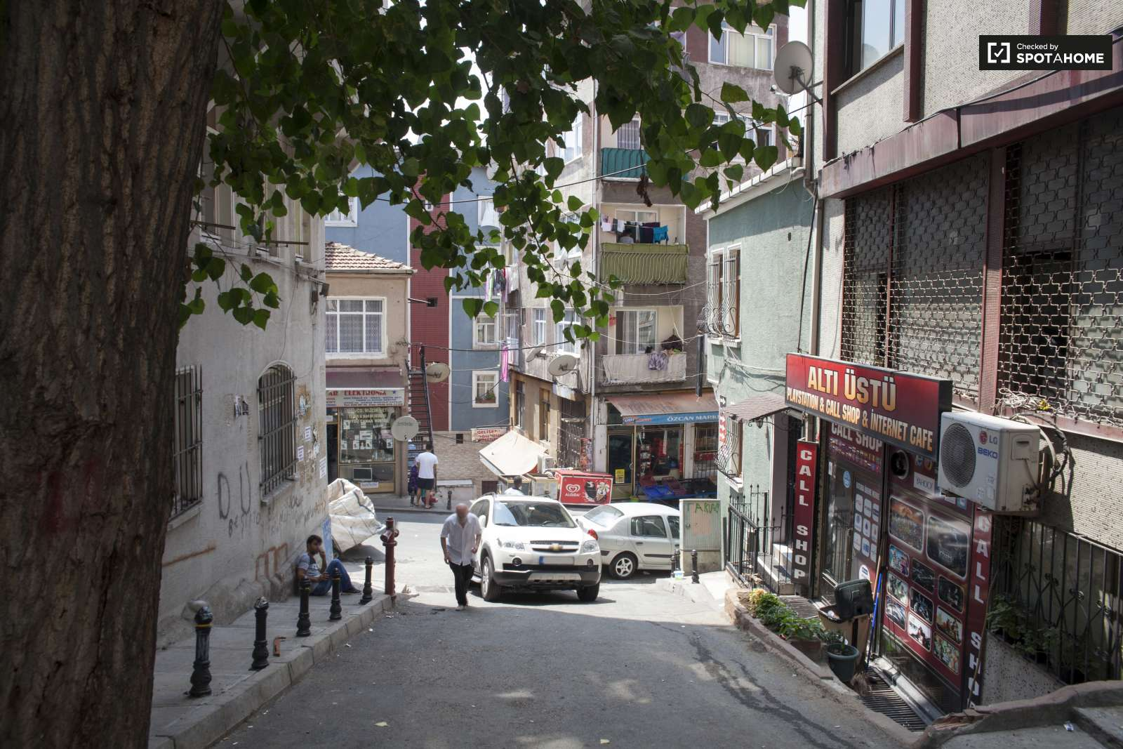 Studio Apartment For Rent In Beyoglu In Central Istanbul Ref