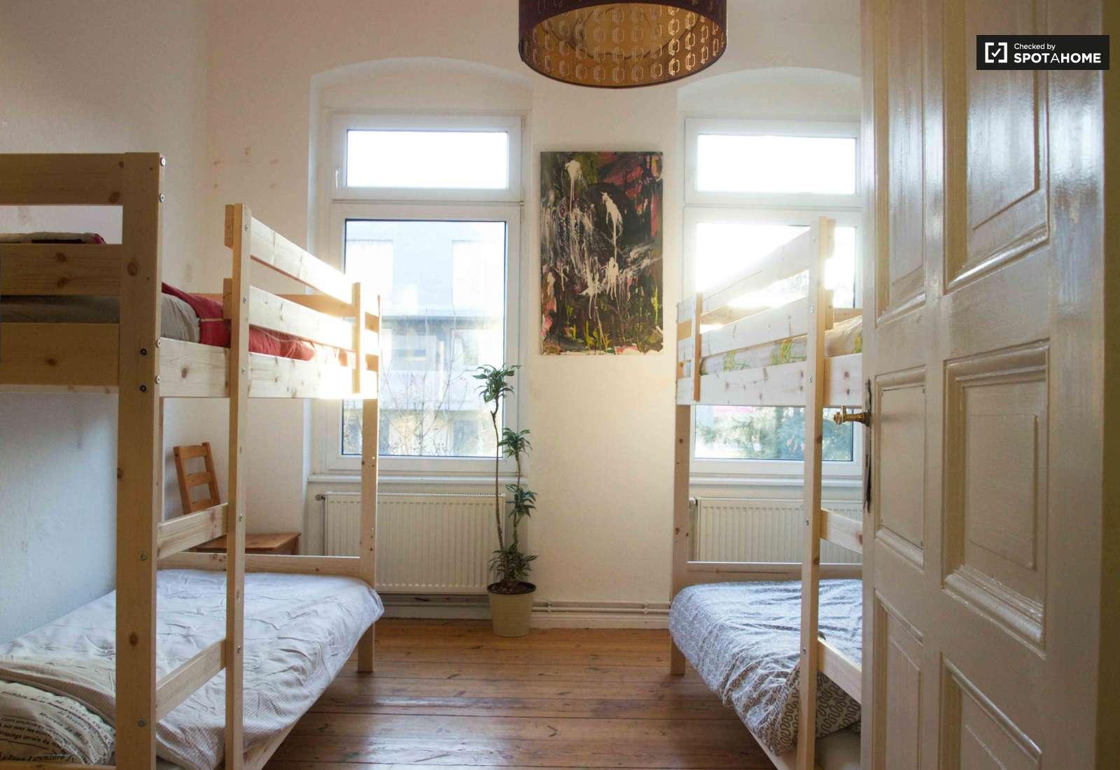 Bunk Beds In Beds For Rent In 1 Bedroom Apartment In Treptow Room For Rent Berlin