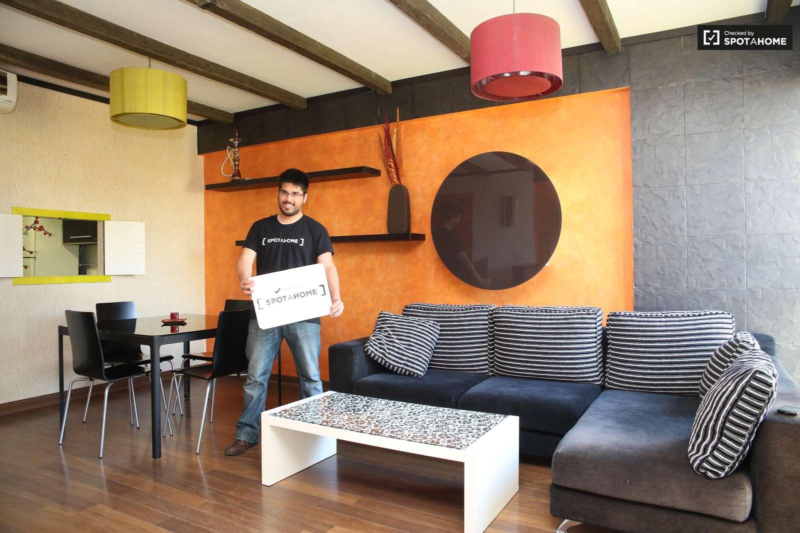 Gran Piso De 1 Habitaci N En Nervi N Sevilla Ref 89008 Spotahome # Muebles Nervion