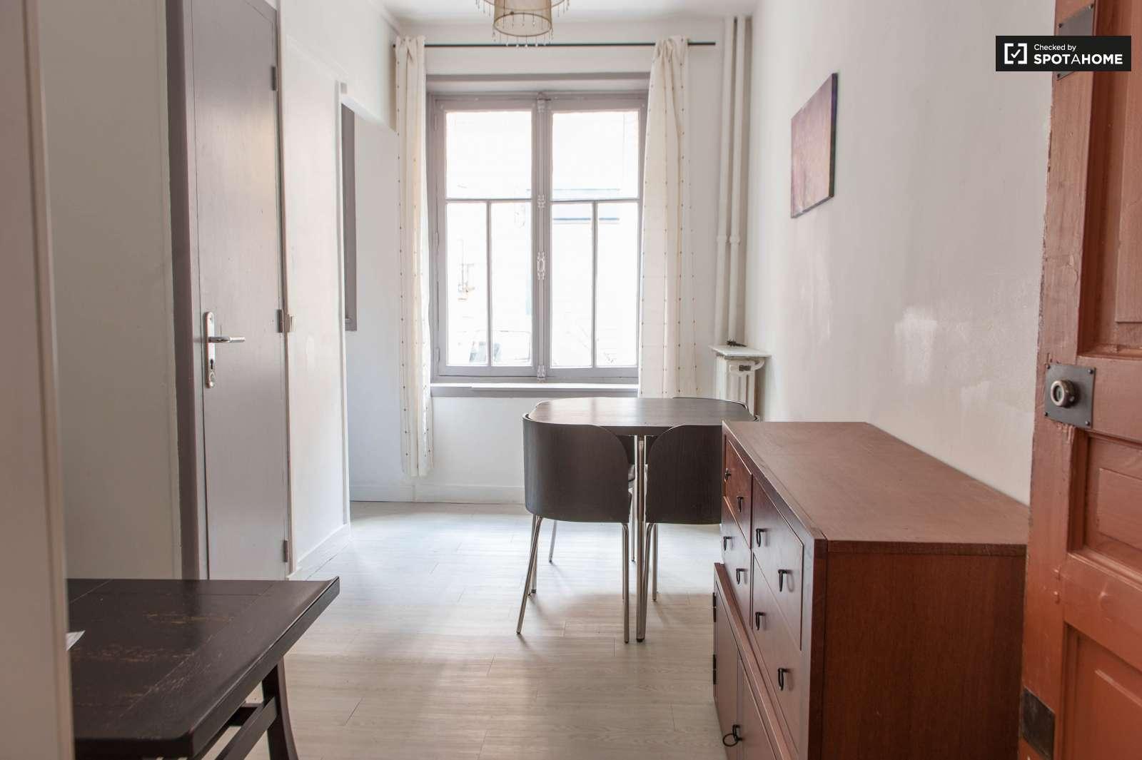 Studio Apartment Paris renovated studio apartment for rent in malakoff, paris | spotahome