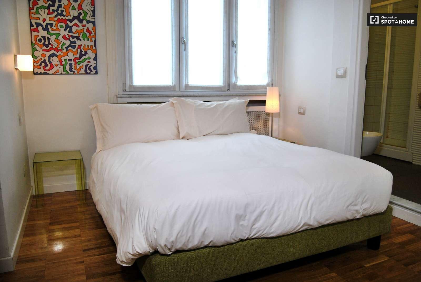 Pianta Camera Da Letto Matrimoniale : Accogliente bilocale in affitto porta nuova milano ref: 88894