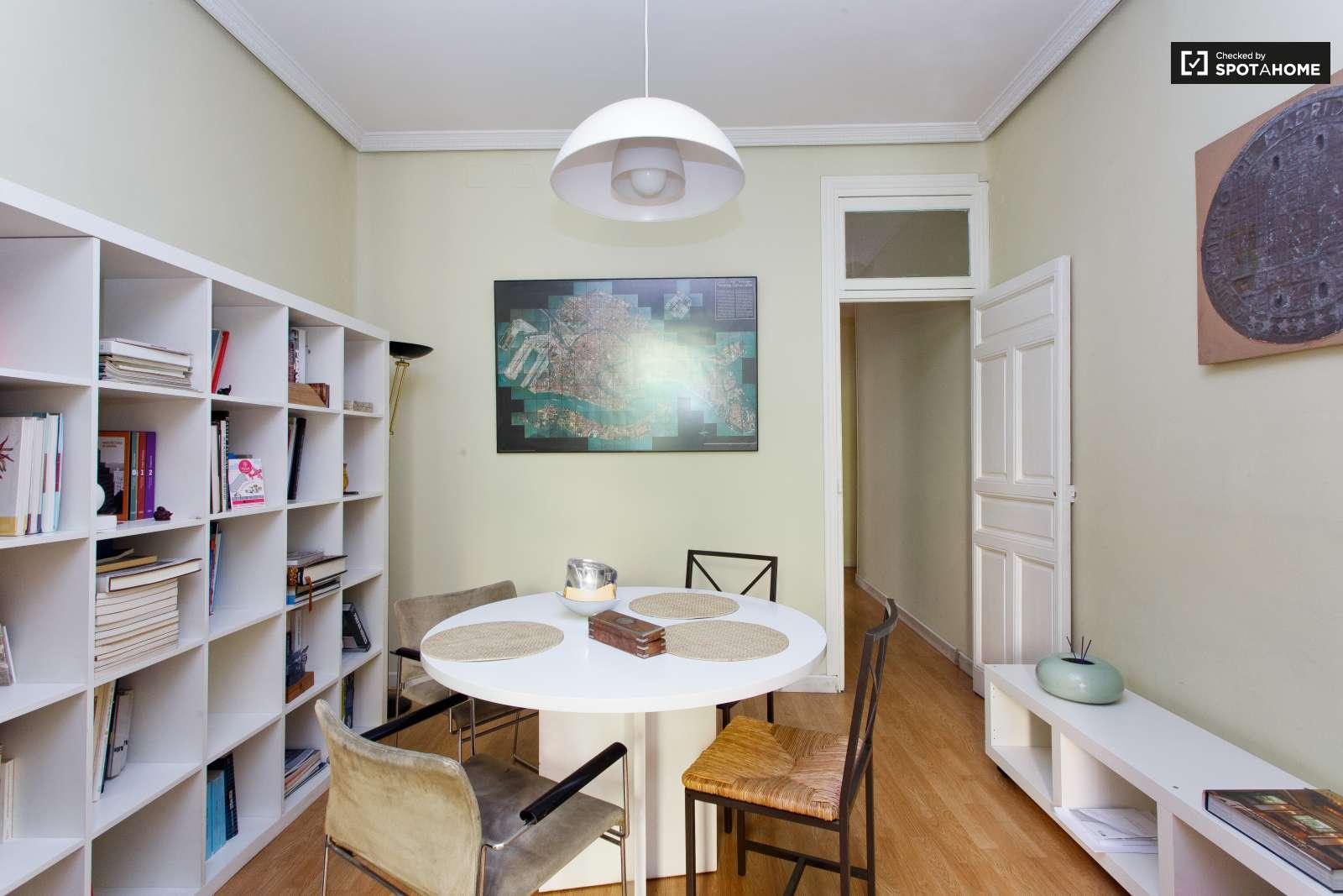 Piso de 1 habitaci n en alquiler en retiro madrid ref for Piso 1 habitacion
