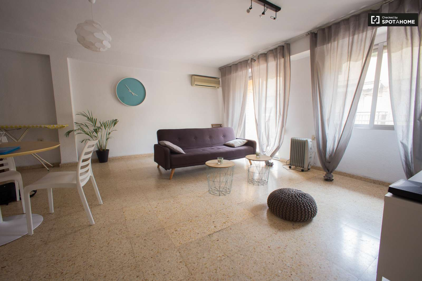 Rooms For Rent In 3 Bedroom Apartment In Algir S Valencia Ref  # Muebles Bizkaia Guenes