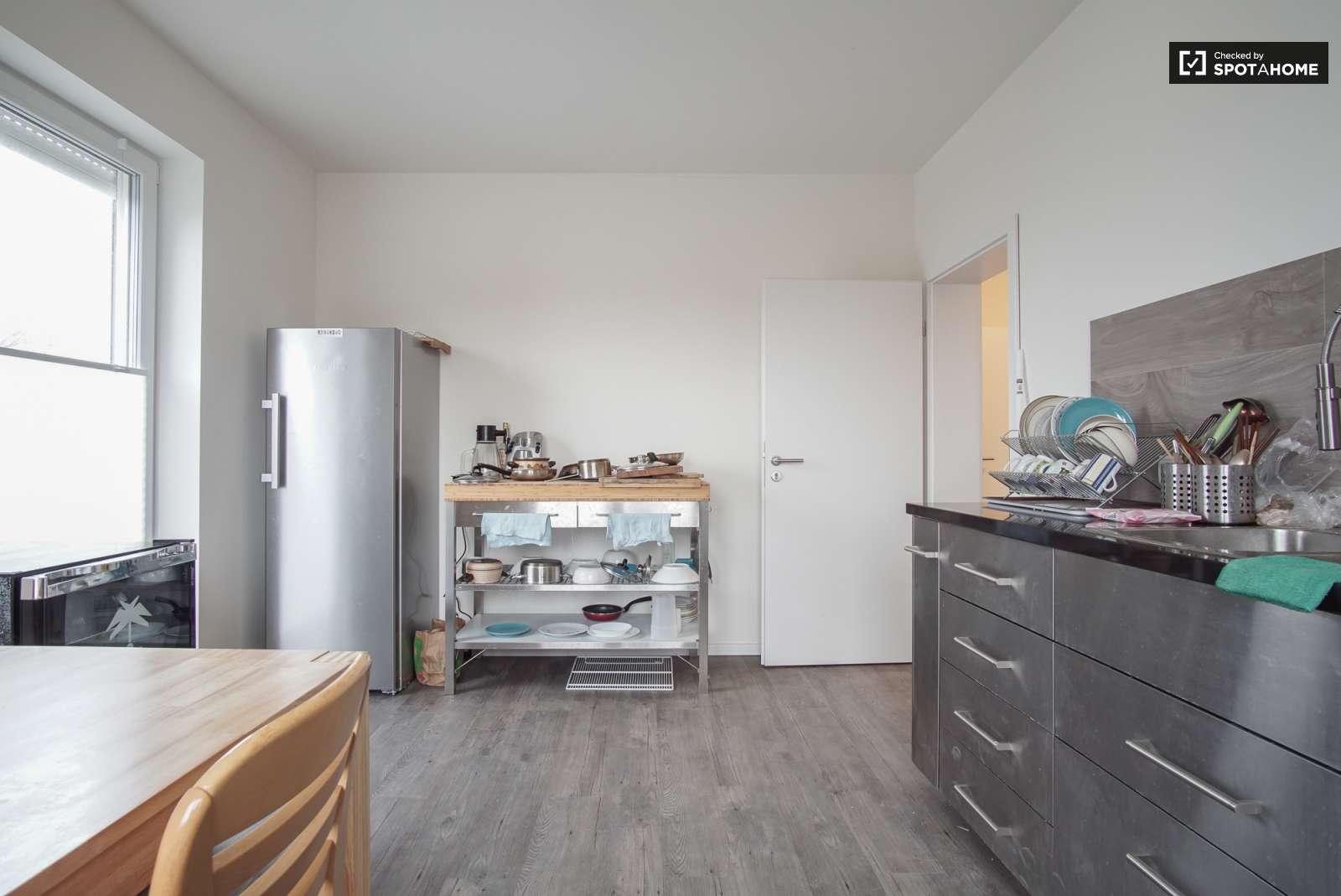 Rooms for rent in 14-bedroom residence in Mahlow, Berlin (ref ...