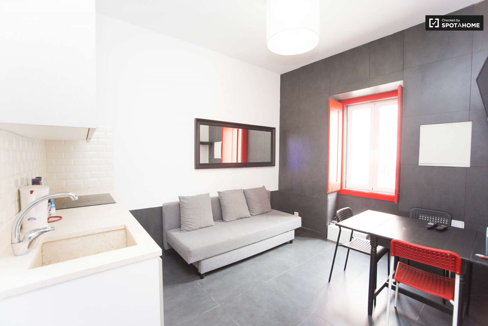 Minimalist 1 Bedroom Apartment For Rent Close To The