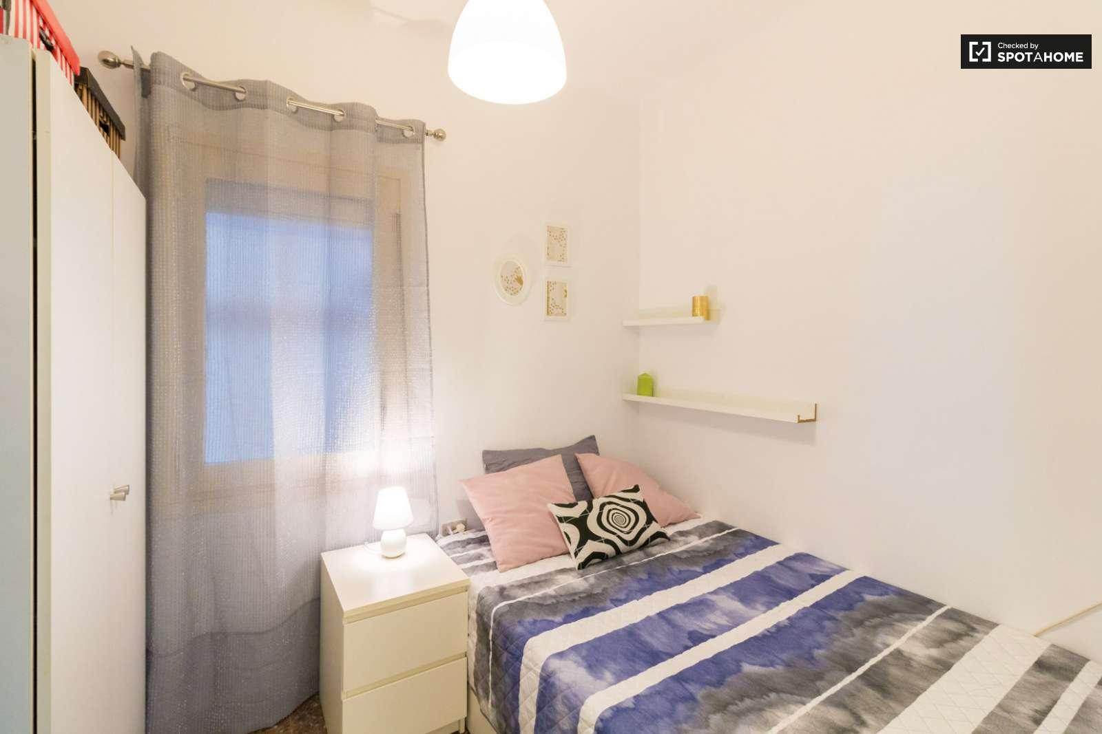 Stanza In Affitto In Appartamento Con 4 Camere Da Letto A Sarria Sant Gervasi Ref 387634 Spotahome