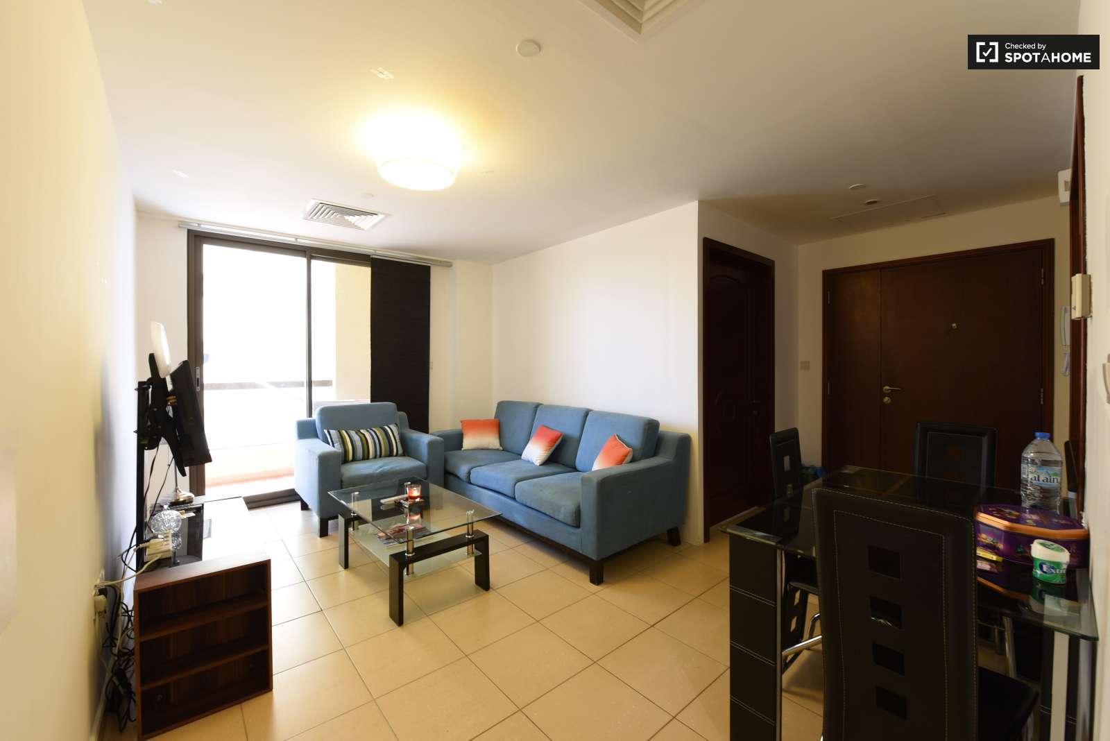 Cozy Room In 5 Bedroom Apartment In Dubai Marina Dubai Ref  # Muebles Bizkaia Guenes